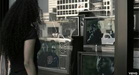 2Pac - Thugz Mansion feat. Nas & J. Phoenix